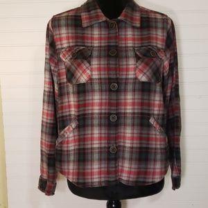 Woolrich Women's Petite Plaid Flannel Jacket